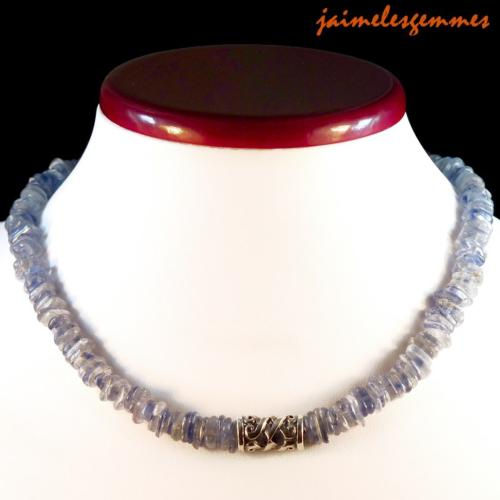 Collier en cyanite